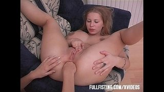 Teen-Spreads-Butt-Cheeks-Anal-Fisting