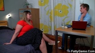 Fatty-seduces-the-young-man-with-ease