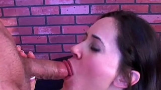 Busty-MILF-gives-an-amazing-sloppy-blowjob