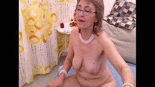 Granny-fills-both-holes-with-toys