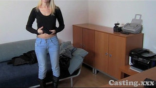 Casting-HD-Surprise-tit-wank