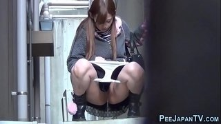 Asians-filmed-gushing-pee