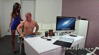 Muscled-guy-licks-female-agent-on-a-desk