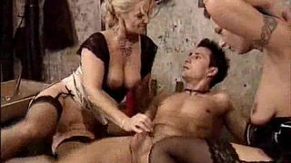 Classic-mature-lesbians-and-the-museum-boy