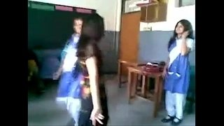 indian-girl-dancing-in-school