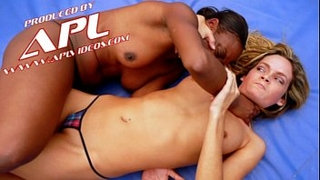 Interracial-Catfight-between-Blonde-and-Ebony-Billyon