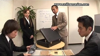 Asian-a-pantyhose-sale-woman-get-sex-at-office