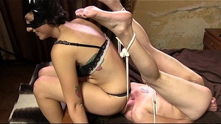 DF025--CATFIGHT-FOOT-SMOTHER-AND-FACESITTING-DOMINATION-